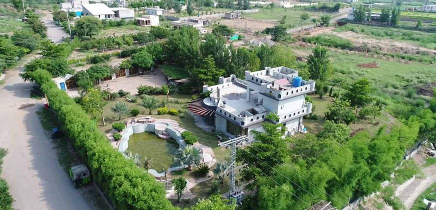 Prime Located Heighted 4 Kanal Farm House Available For Sale In Gulberg Greens Islamabad