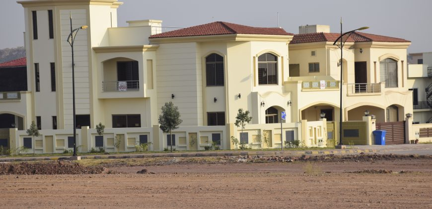 14 Marla luxury house for sale in Islamabad prime location.
