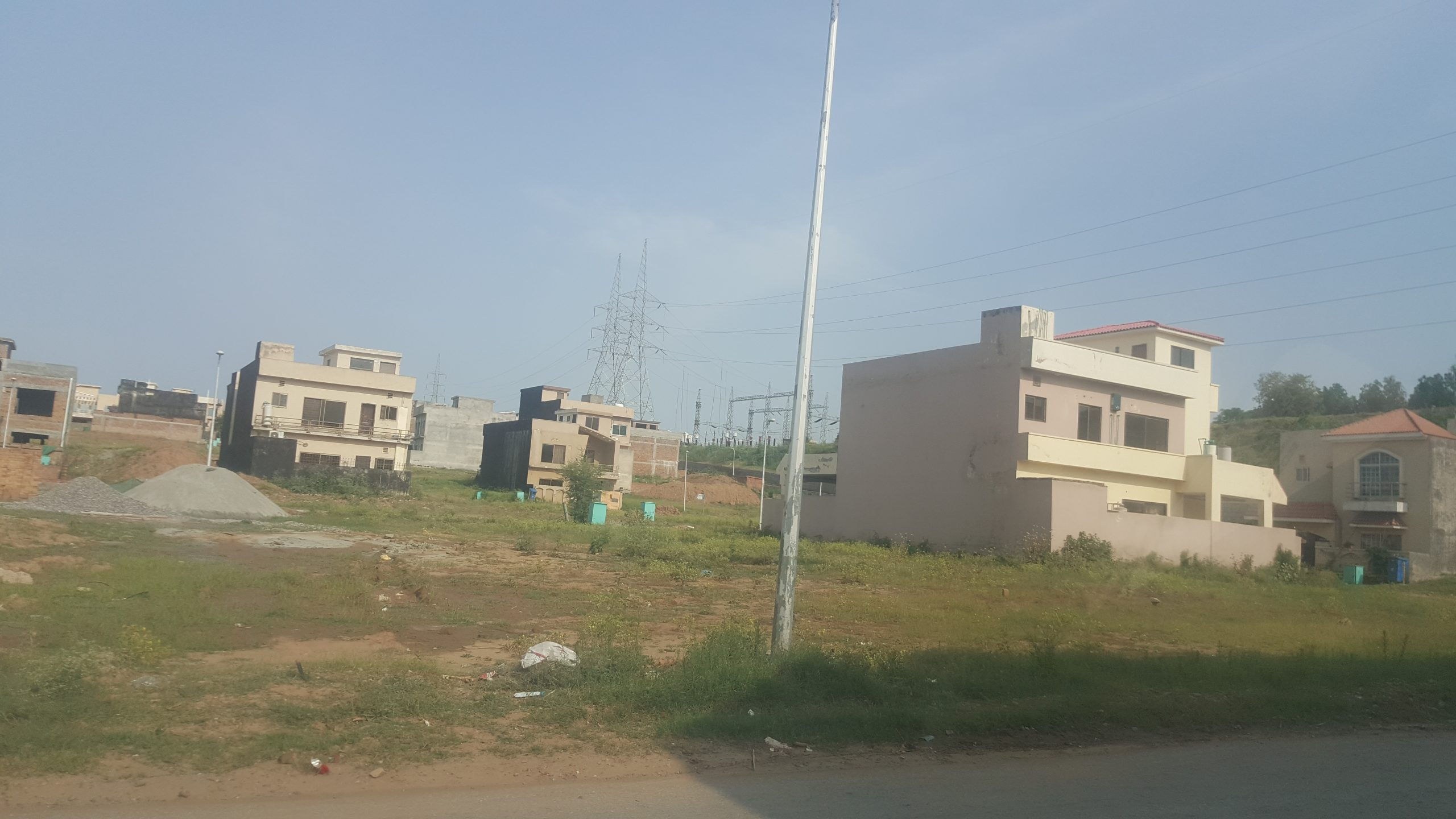 5 Marla Bahria Town Rawalpindi Phase 8 Safari Valley Ali Block Plot For Sale On Reasonable Price Ready For Construction