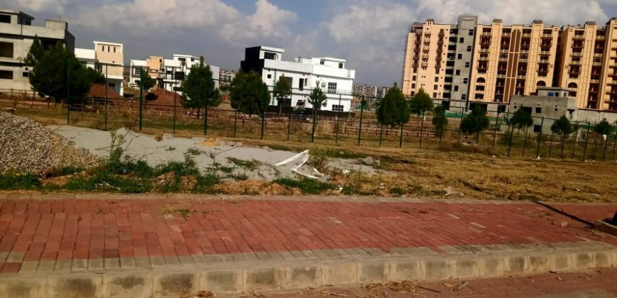 8 Marla Commercial Bahria Enclave Islamabad Bahria Town Best Location Plot For Sale Level Height.
